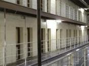 PRISONS: Foyers d'infections déficits prévention InVS-