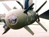 """Comment financiers ruinés l'économie mondiale avec leurs """"smart bombs""""."""