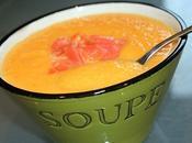 Veloute carotte curcuma saumon fume