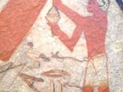 Salle vitrine peintures mastaba metchetchi l'amour filial pere défunt