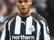 Newcastle Pardew compte Arfa