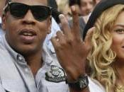 Jay-z tonton Pharell chantent pour Blue Carter