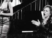Christina Aguilera rend hommage Etta James.