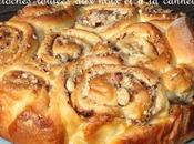 Dutch Sticky rolls Brioches roulées noix cannelle