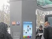 [M-R] abribus futuriste Paris signé JCDecaux