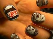 Nail art: Manucure chocolat/water marble version Nutella.