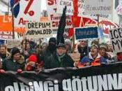L'Islande fera triple croissance l'UE 2012 c'est silence radio C'est nous voulons avec Front Gauche !!!!