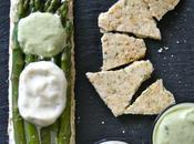 Asperges vertes croquant l'huile d'olive, sauce mousseline vert blanc