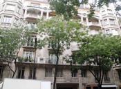 Déco Paris détails d'immeuble avenue Raymond Poincaré