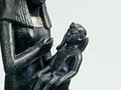 Salle vitrine peintures mastaba metchetchi lait divin pour nouveau-nés royaux