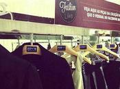 C&A; Fashion Like, cintres connectés Facebook