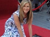 Photo Jennifer Aniston montre tétons dans