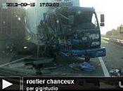 camionneur chanceux pneu devant lada contre-sens coup videos