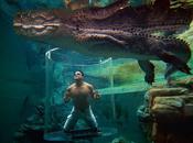 Immergez-vous dans Cage Death pour approcher crocodile géant