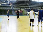 """Basket attendent """"déclic"""""""