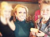 Photo Britney Spears pose avec