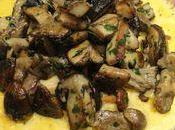 Fine omelette cepes frais