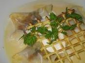 Ravioles d'escargots bouillon d'ail doux!!!!