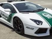 police Dubaï patrouiller en... Lamborghini