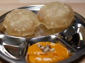 Aamrass Puri Purée mangues pains frits Pureed mangoes with fried bread