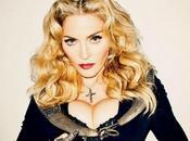 Madonna retouchée l'extrême pour Bazaar Magazine. Elle veut nous faire croire qu'elle