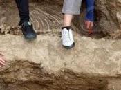 restes chevaux vieux 2500 ans, découverts Bulgarie, suggèrent qu'ils enterrés debout