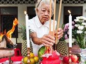 Festival végétarien Phuket 2013 souffrances porte-bonheur