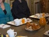 Diplomatie française colère croissants d'orange