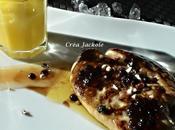 Foie gras poêlé, coulis mangue perles vinaigre balsamique