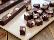 Fudge chocolat noir amandes mini marshmallows pour cadeaux gourmands