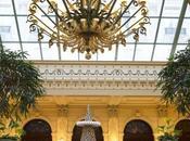 sapin macarons Ladurée l'InterContinental Paris