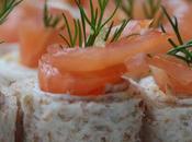 Petits rouleaux saumon fumé Môret citron aneth pour l'apéritif