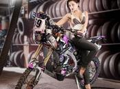 Anna Polina pose pour Dakar 2014 (PHOTOS)