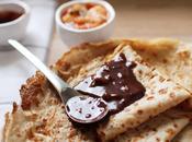 Crêpes lait ribot, sauce chocolat compote d'agrumes