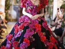 pouvoir fleurs Dolce Gabbana pour défilé Alta Moda Milan