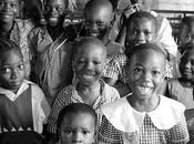Afrique Aller l'école signifie apprentissage