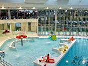 Nager s'amuser sous dôme piscine Vincennes