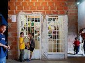 """Torre David"""" gratte-ciel abandonné Caracas, Venezuela Cour Miracles"""