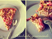 Tarte crumble toute rose (rhubarbe, framboise, pralines)