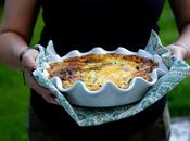 Clafoutis salé lait fermenté chorizo courgettes pousses d'épinards