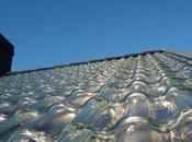 tuiles captent l'énergie solaire