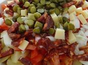 Salade pommes terre, crudités, cornichons, chorizo