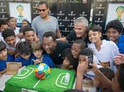 Pelé avec Hublot Favela Jacarezinho