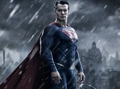 MOVIE Batman Superman Première photo officielle d'Henry Cavill