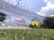 Daytona 500: voitures entrainées dans accident!