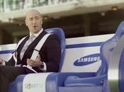 Samsung invente banc touche déplace long d'un terrain rugby!