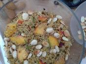 Salade céréales, pêches amandes
