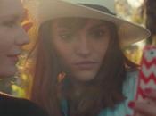 Vidéo Kirsten Dunst moque selfies