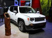 Trois Jeep Renegade deux spots
