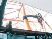 piratent écran géant d'un gratte-ciel Hong Kong